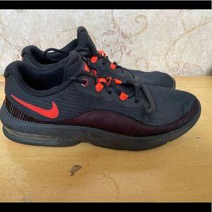 Nike Air Max Advantage Size 9